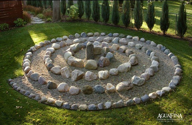 Unusual mozaic fusion style garden design ideas 2011