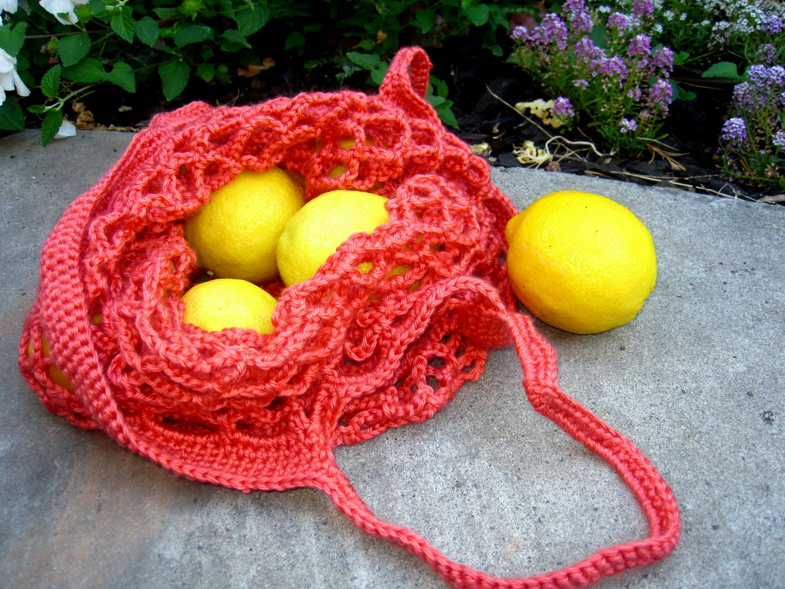 Crochet Vegetable Bag Pattern : More Fun With An Apron: Crochet Produce Bag