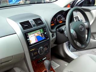 http://4.bp.blogspot.com/_ztkDayvmZPg/SfmLOpIK2CI/AAAAAAAADsQ/V7ntTP7P4ZI/s320/Toyota+Corolla+Altis+4.jpg