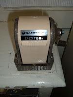 Photo of a Sanford-Dexter pencil sharpener.