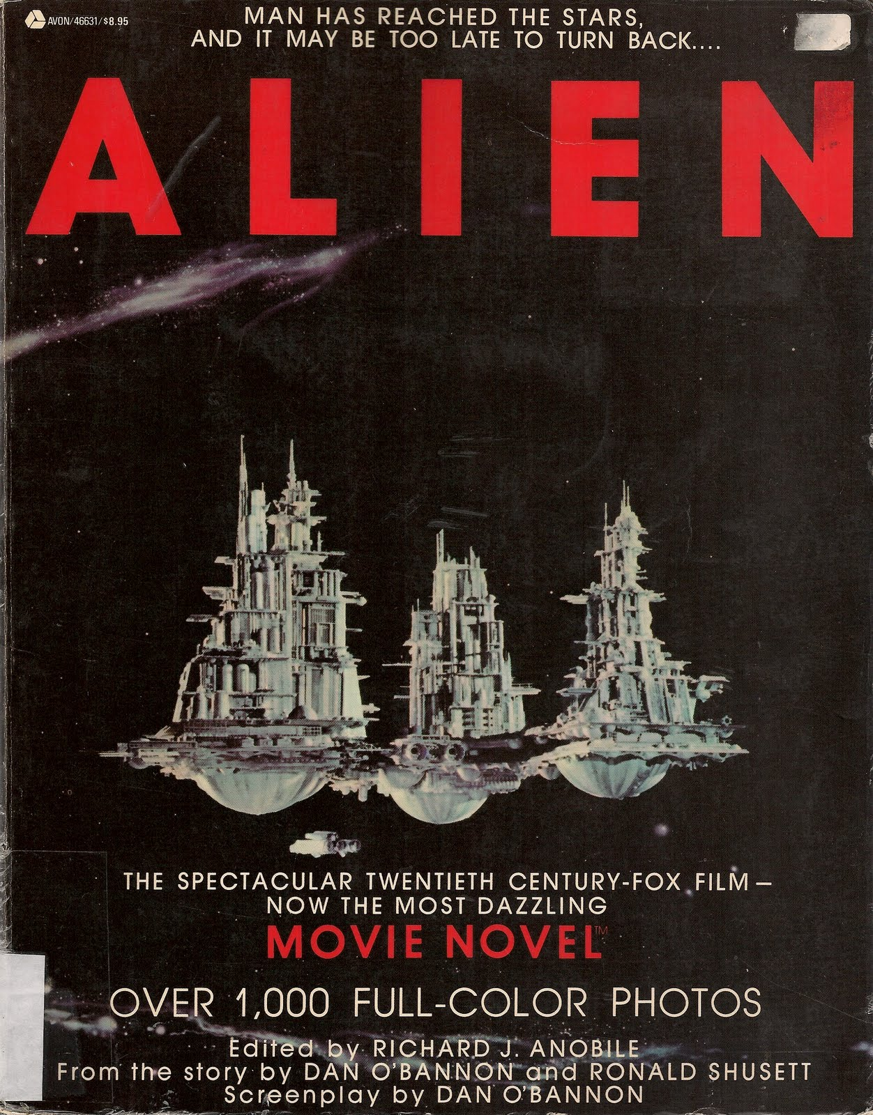 a summary and a review of alien a horror movie