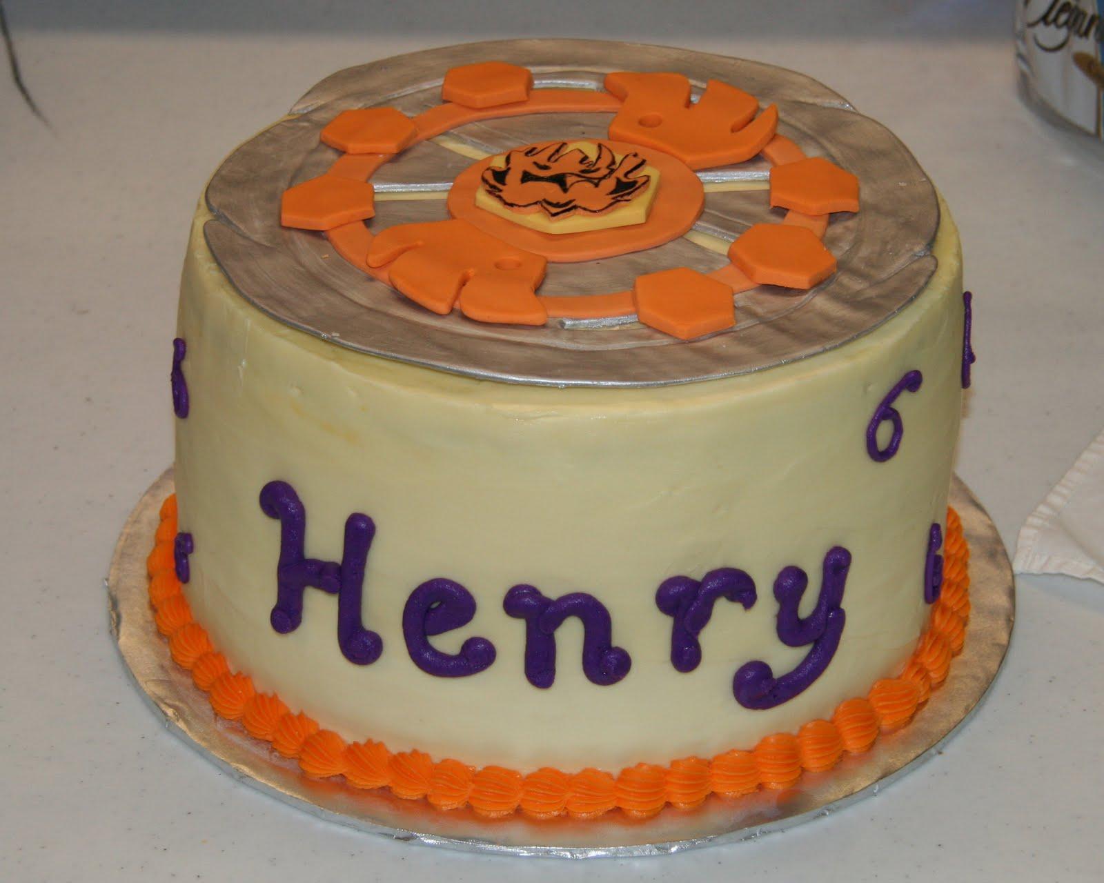 Henrys Delicious Birthday Cake Rayne Of Terror