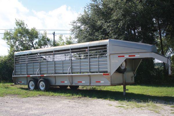 nice 24ft banens stock trailer