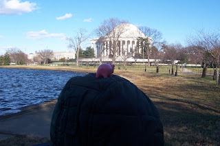 Kucinich mistakenly believed this to be a UFO hovering over the tidal basin.