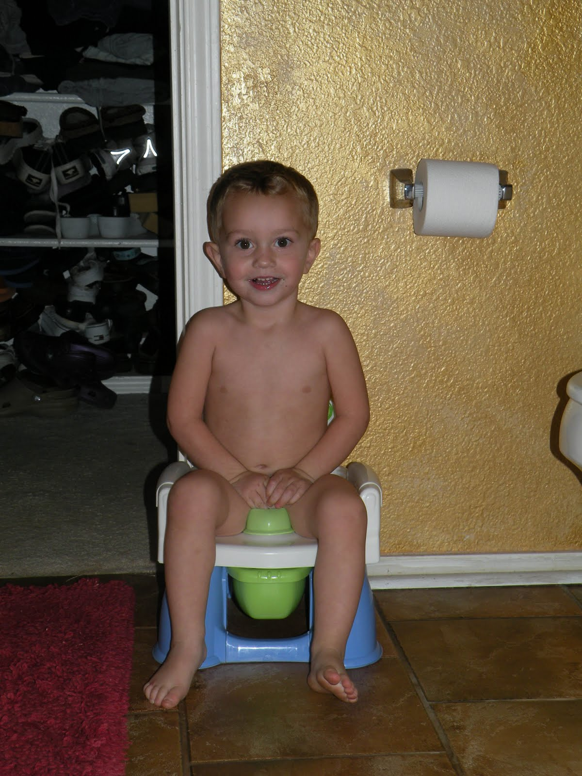 Tips For Potty Training Boys To Poop Baby Peeing On Potty