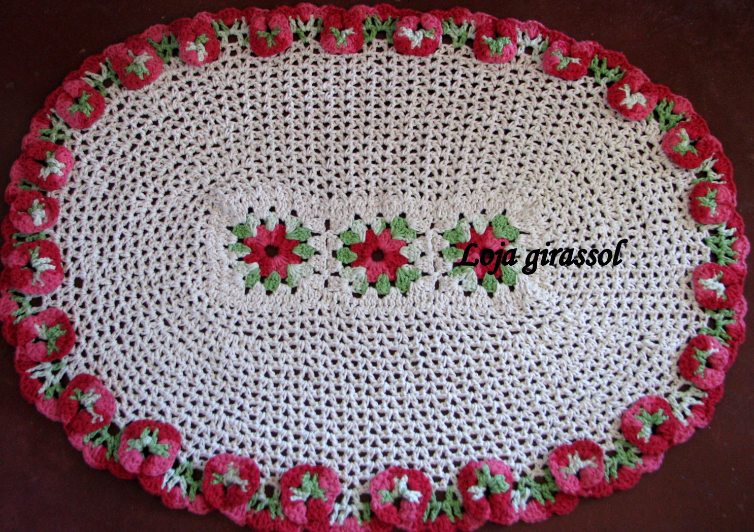 Tapete De Croche Com Bico De Amor Perfeito - Car Wallpaper