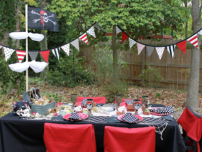 Table for Pirate Themed Parties.