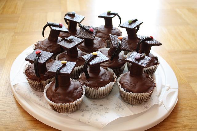 Mein kreatives chaos doktorhut muffins - Dekoration muffins ...