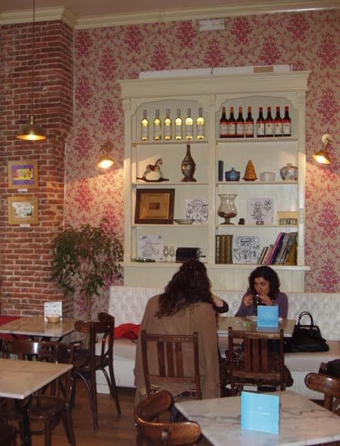 Carlos Tapas Cafe Die Tapasbar In Berlin Sch Ef Bf Bdneberg Berlin