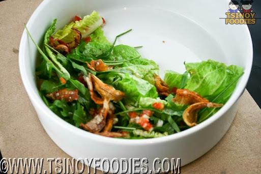 dilis arugula salad