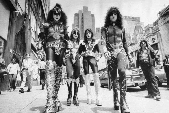 foto-kiss-1976