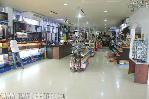 LRC 908 Market Mall