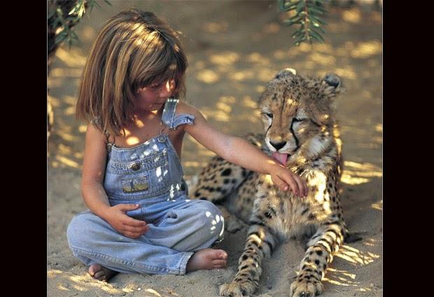 Tipi  y su amigo felino
