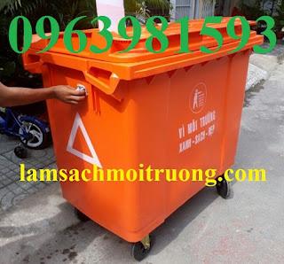 Xe đẩy rác nhựa, xe gom rác 660 lít, xe gom rác nhựa công nghiệp giá rẻ