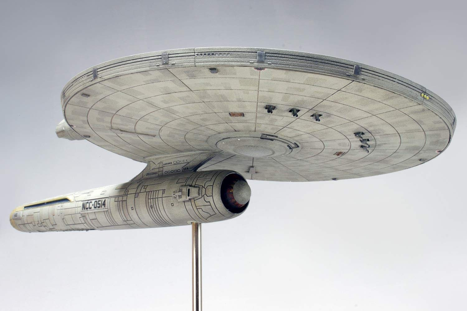 The Trek Collective: Model kits updates: First Discovery kits on the