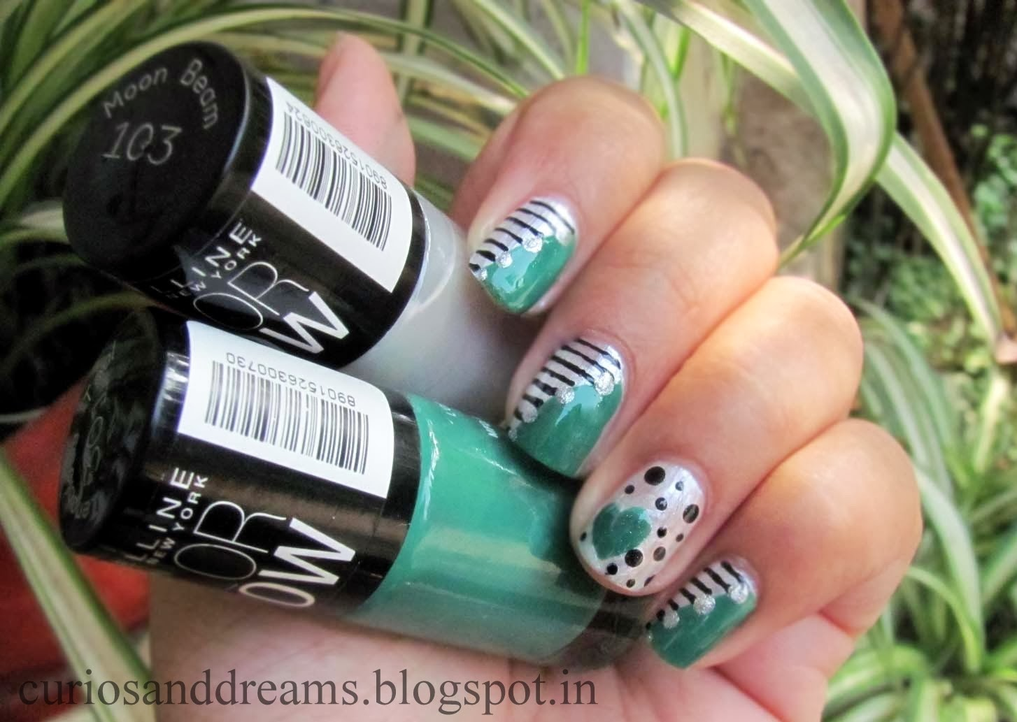 Maybelline Colour Show Review,  Maybelline Colour Show swatch,  Maybelline Colour Show NOTD,  Maybelline Colour Show nailart