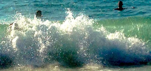 Reisen mit Kindern: Surfkurs in Frankreich