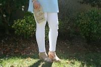 White jeans are the perfect spring and summer essential!