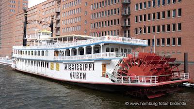 Mississippi Queen, Schaufelraddampfer, Speicherstadt, Hamburg