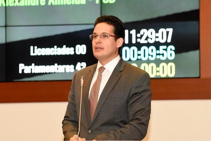 """""""CRISE DINISTA"""": Deputado Alexandre Almeida condena aumento do ICMS"""
