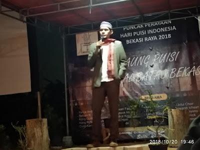 Bang Rian Hamzah Peringatan puncak Hari Puisi Indonesia (HPI) Bekasi Raya