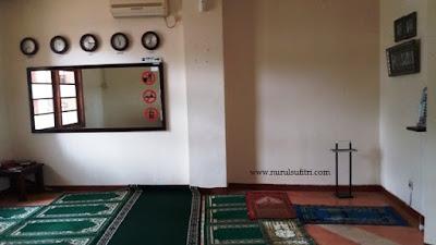 musholla wisma makara ui universitas indonesia nurul sufitri mom lifestyle blogger kolam renang depok