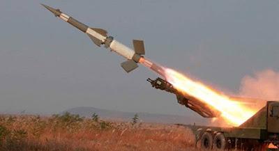 الصواريخ البالستيكية - ballistic missile