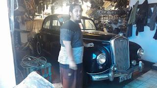 Pasar mobil antik langka