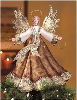 decorar el arbol con un ángel en la punta