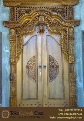 Pintu Gebyok Jati Ukir