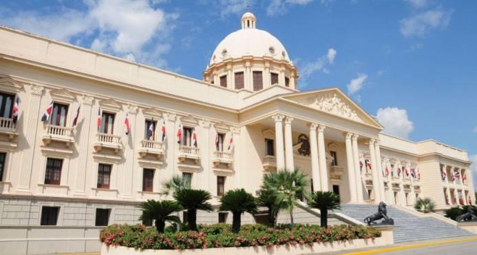 Gobierno depositó adenda modifica el proyecto de Ley de Presupuesto 2018
