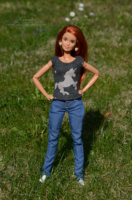 Realistic jeans for dolls