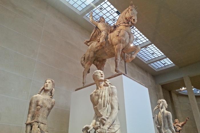 Plâtres grandeur nature du monument au général Alvéar.
