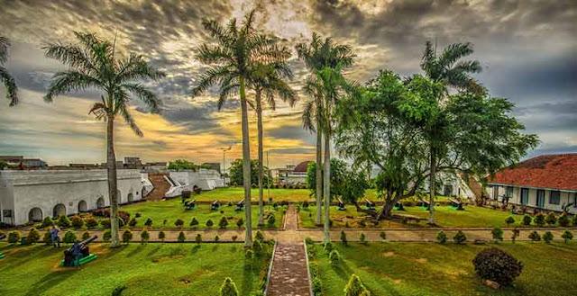 Ini 10 Tempat Wisata di Bengkulu Paling Terkenal