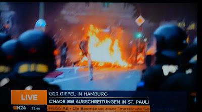 http://www.sueddeutsche.de/politik/randale-vor-dem-g-gipfel-ein-verheerendes-scharmuetzel-1.3577493