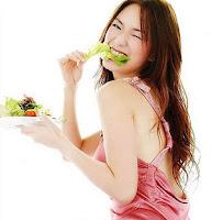 กินผักสิวหายเร็ว