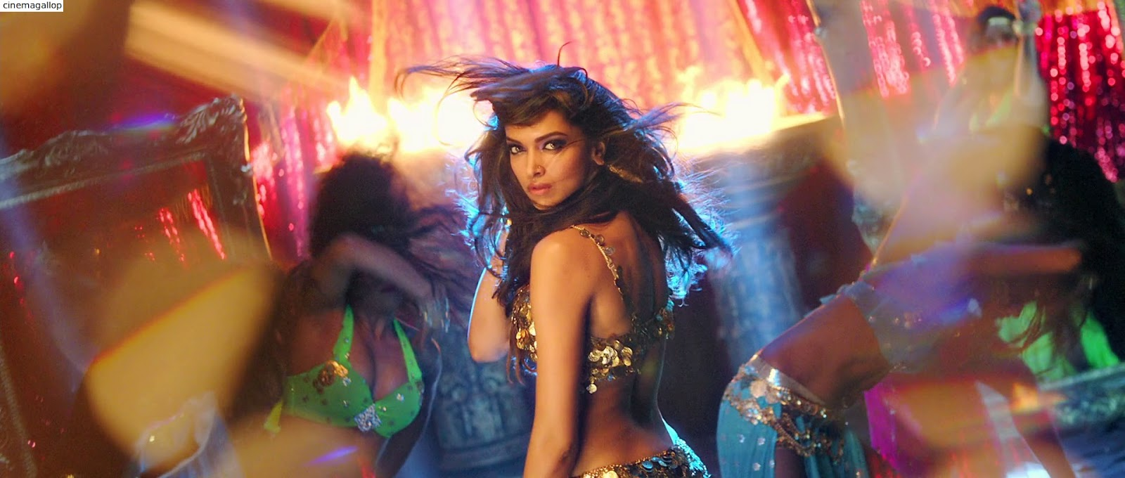 Deepika Padukone Hottest Dance moves-Sexy Screenshot from her