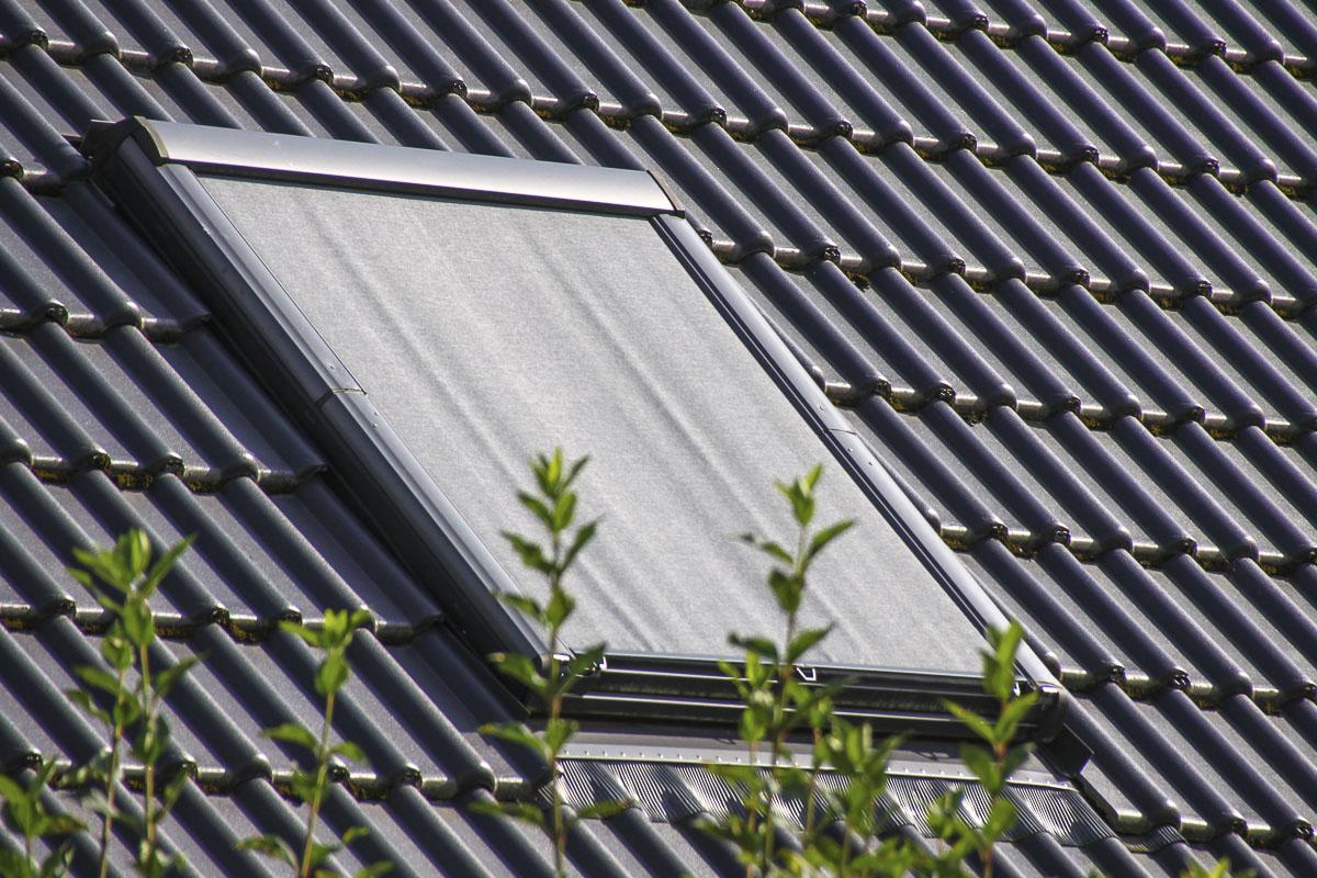 bautagebuch birkenallee mit gussek haus eine au enjalousie f r unser dachfenster. Black Bedroom Furniture Sets. Home Design Ideas