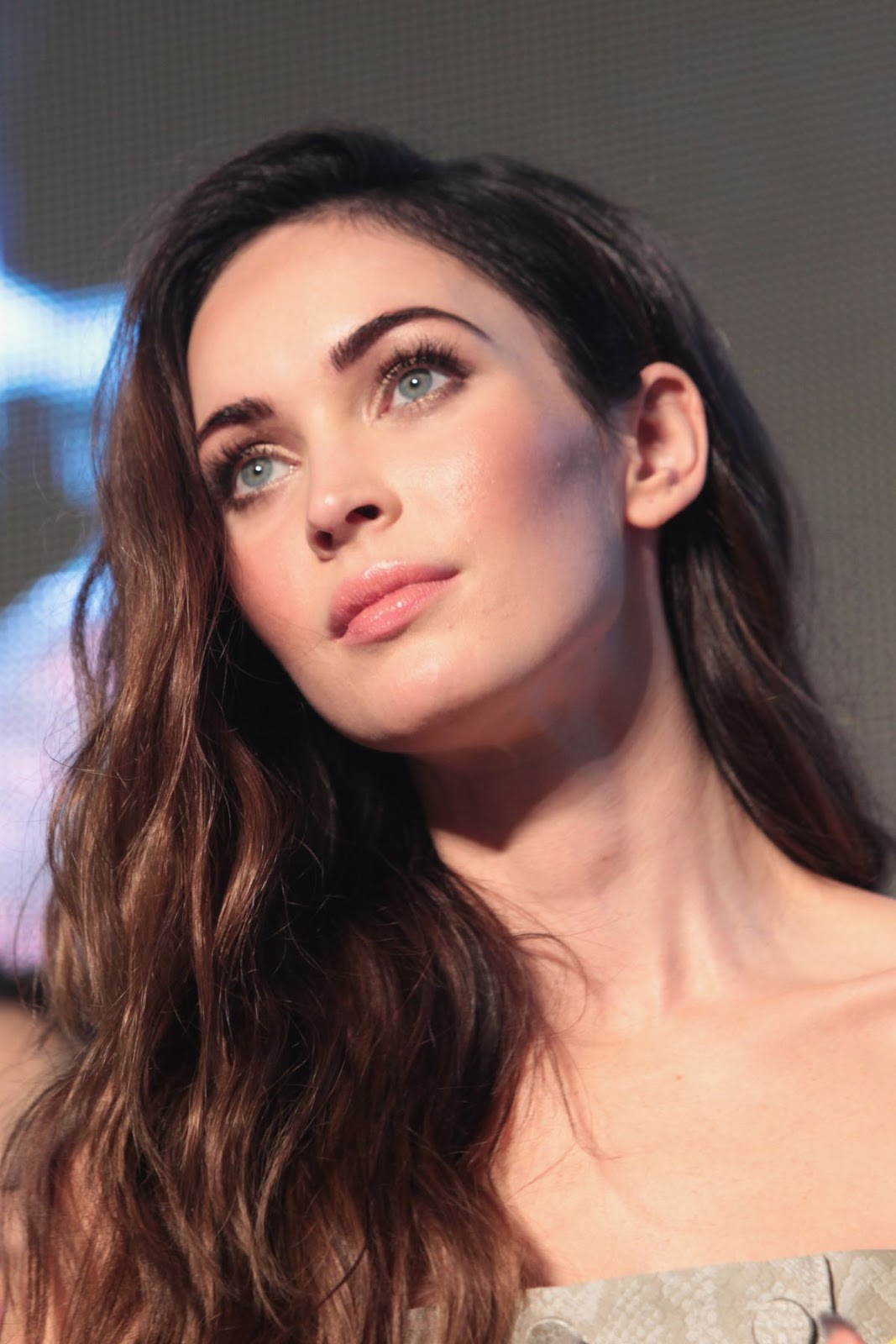 HQ Photos of Megan Fox at Teenage Mutant Ninja Turtles Seoul Premiere
