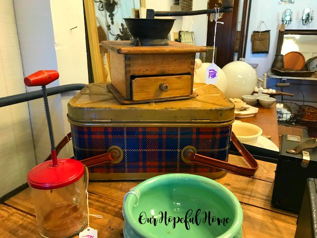 vintage tin plaid lunch box picnic