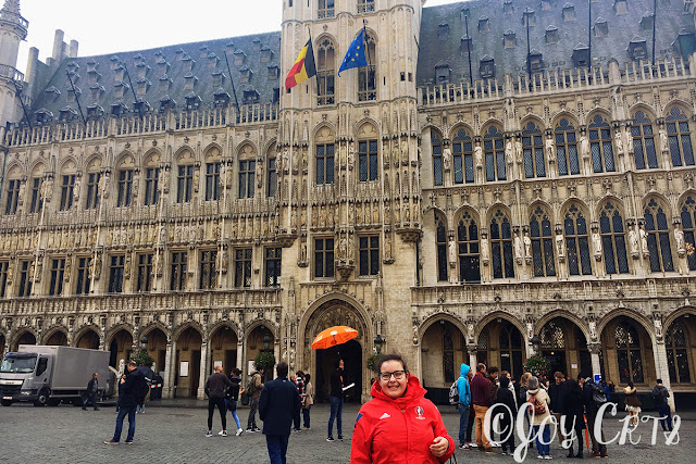 Portrait sur la grande place de Bruxelles