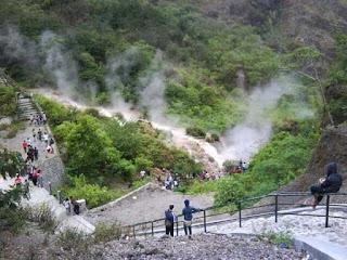 Aliran Air Panas Wisata Gunung Kelud