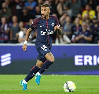 Neymar Score Two In PSG Home Debut