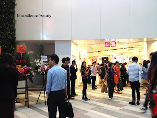 Lifeandlensofbeauty: Uniqlo Flagship store opening in heart of Causeway Bay NOW!