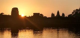 Amanecer en Angkor Wat.