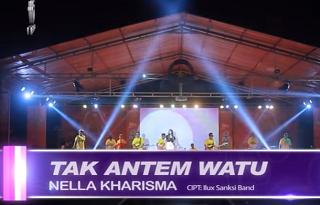 Lirik Lagu Tak Antem Watu - Nella Kharisma