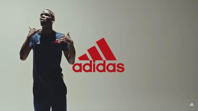 Pogba é apresentado no Manchester United ao som do rapper inglês Stormzy (VÍDEO)