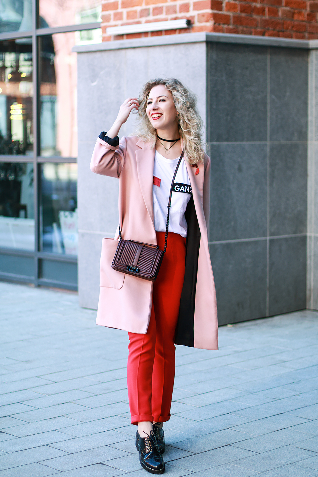 Margarita_Maslova_Ritalifestyle_Fashion_blogger_Moscow_red_pink_outfit_trend2017_5