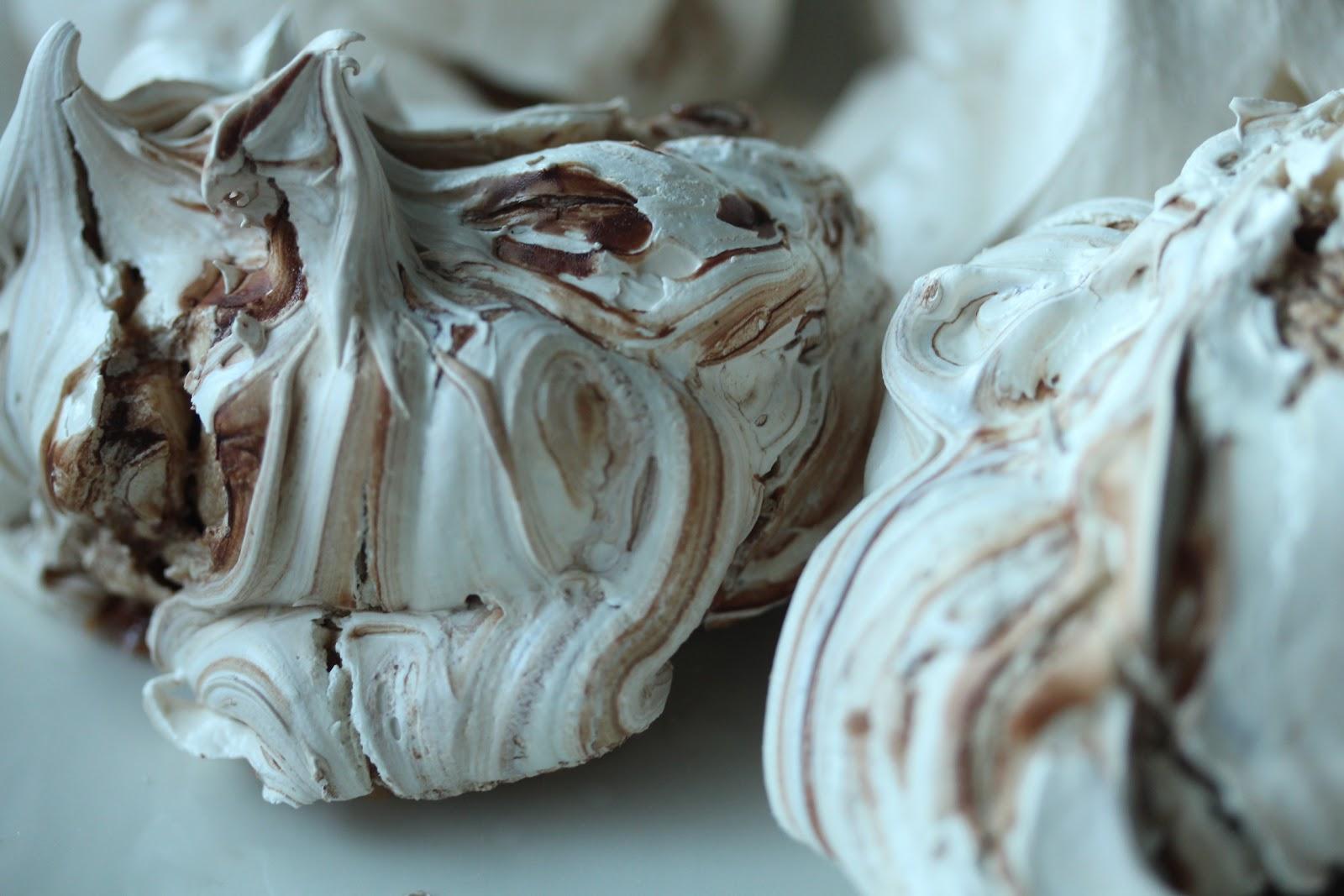 SOUL KITCHEN Marenkeja suklaalla ja suolaphkinill