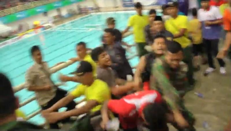 Kericuhan terjadi di venue polo air di PON XIX